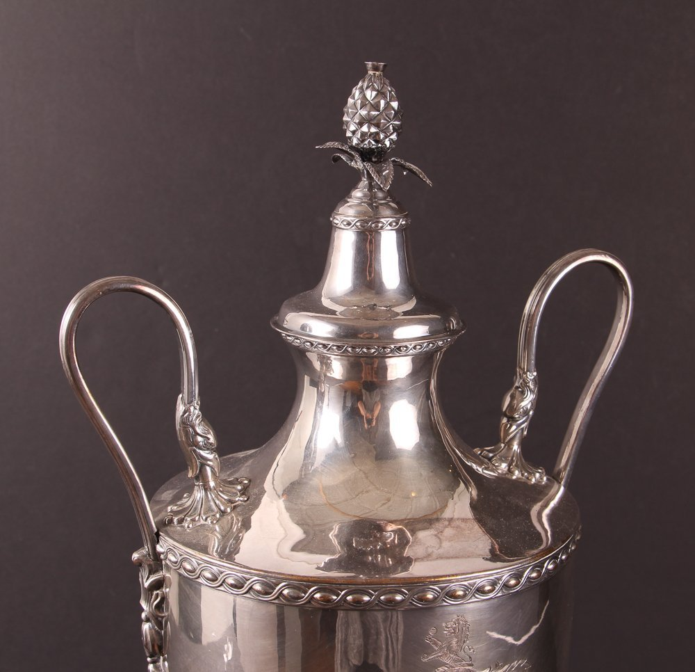 Antique 19th Century Georgian Style Silverplate Tea Urn - 7