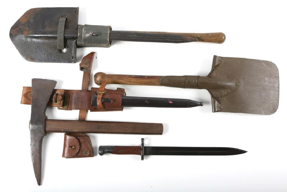 WWII WORLD MILITARY ENTRENCHING TOOL PIC LOT OF 3