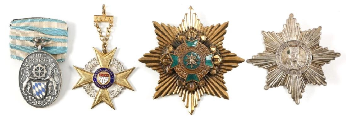 GRAND CROSS BREAST STAR AND MEDAL LOT OF 4