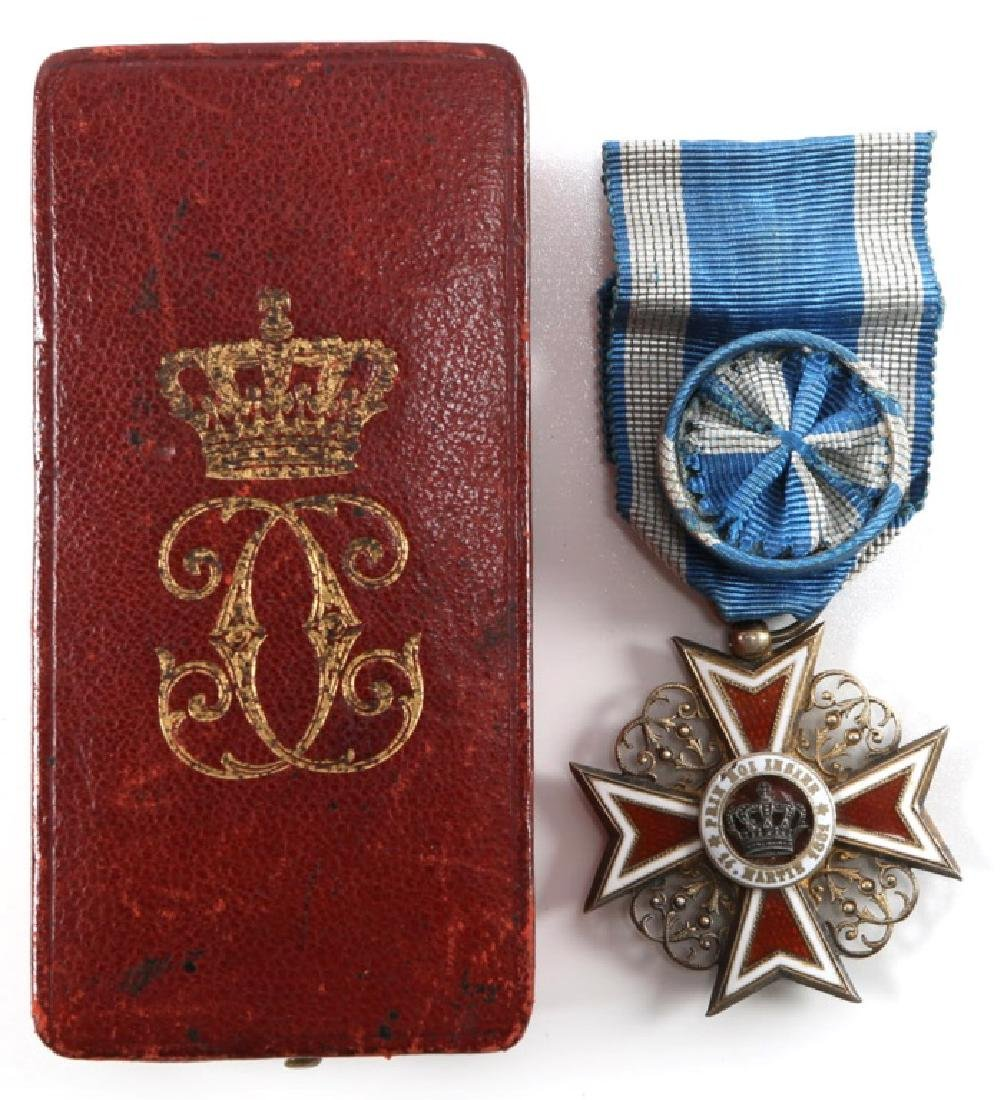 ROMANIA ORDER OF THE CROWN OFFICER MEDAL WITH CASE