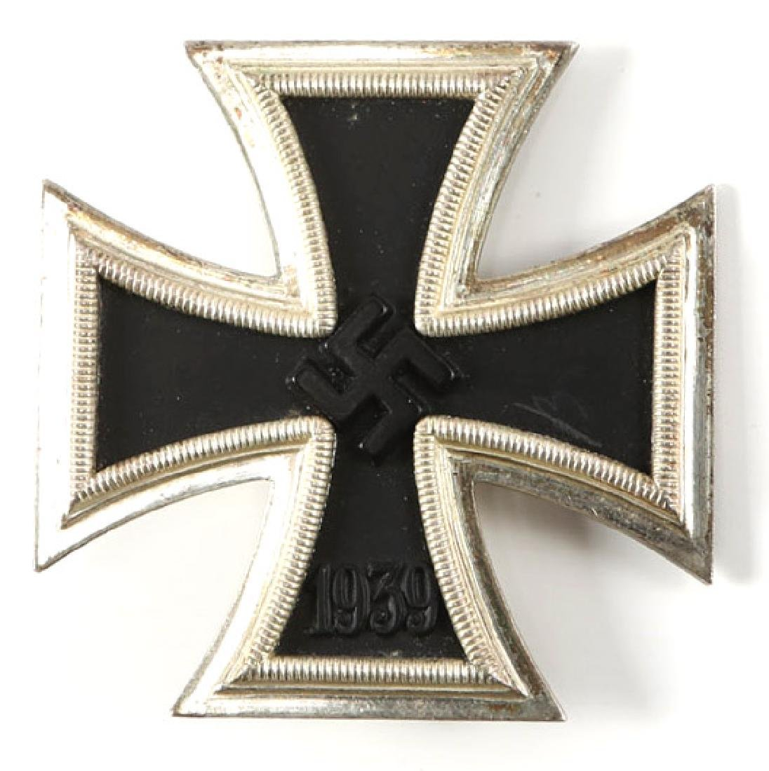 WWII GERMAM IRON CROSS 1st CLASS WITH CASE