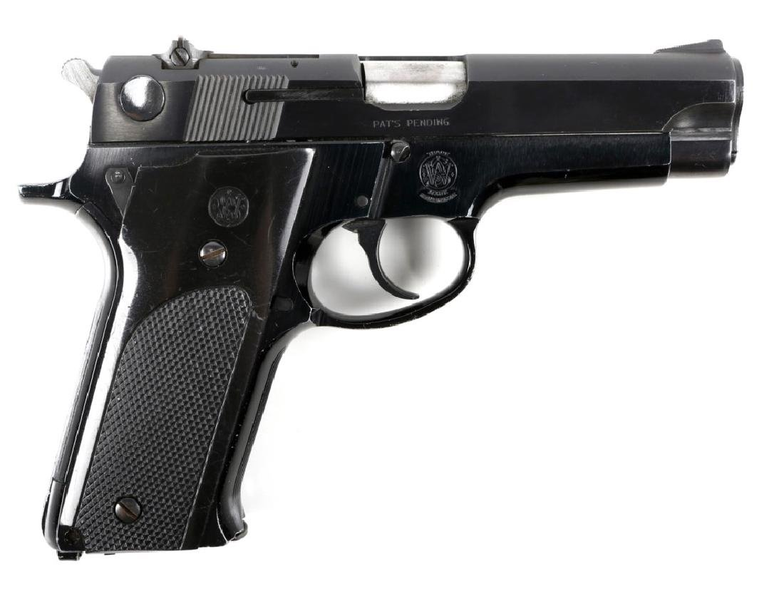 SMITH & WESSON MODEL 59 9mm PISTOL