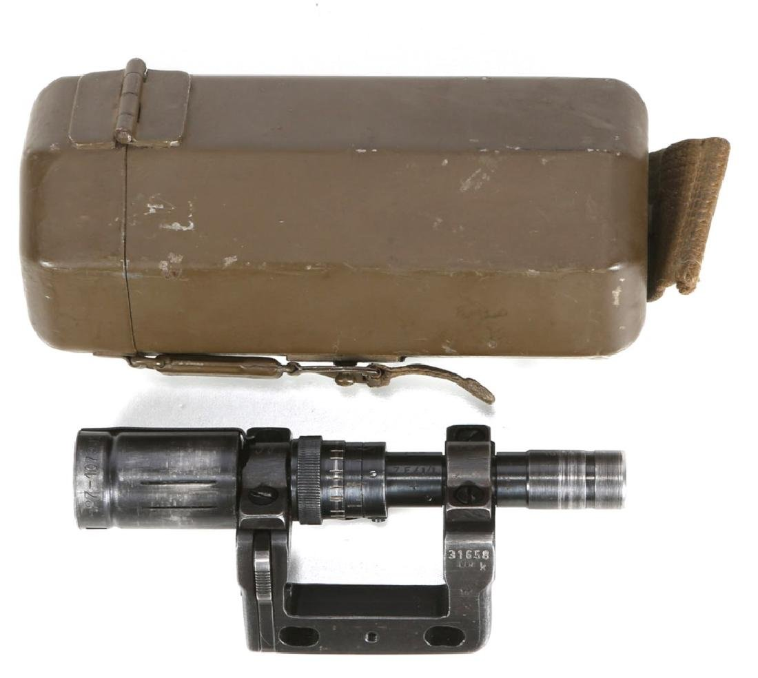 WWII GERMAN ZF41/1 RIFLE SCOPE WITH CASE