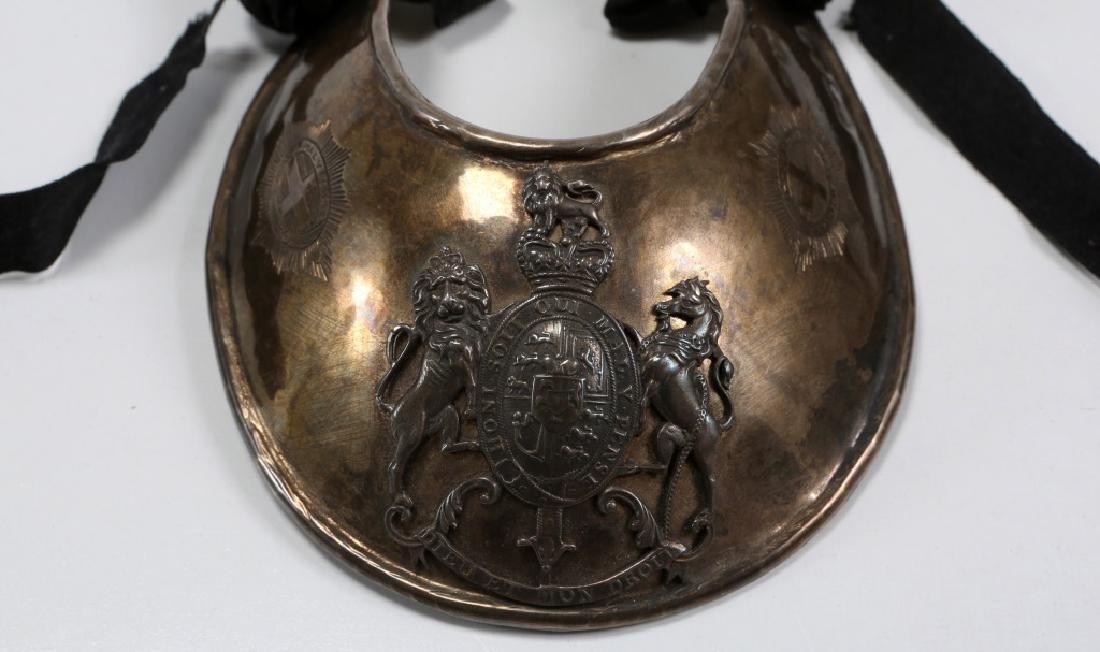 BRITISH OFFICER GOLDSTREAM GUARD GORGET - 2
