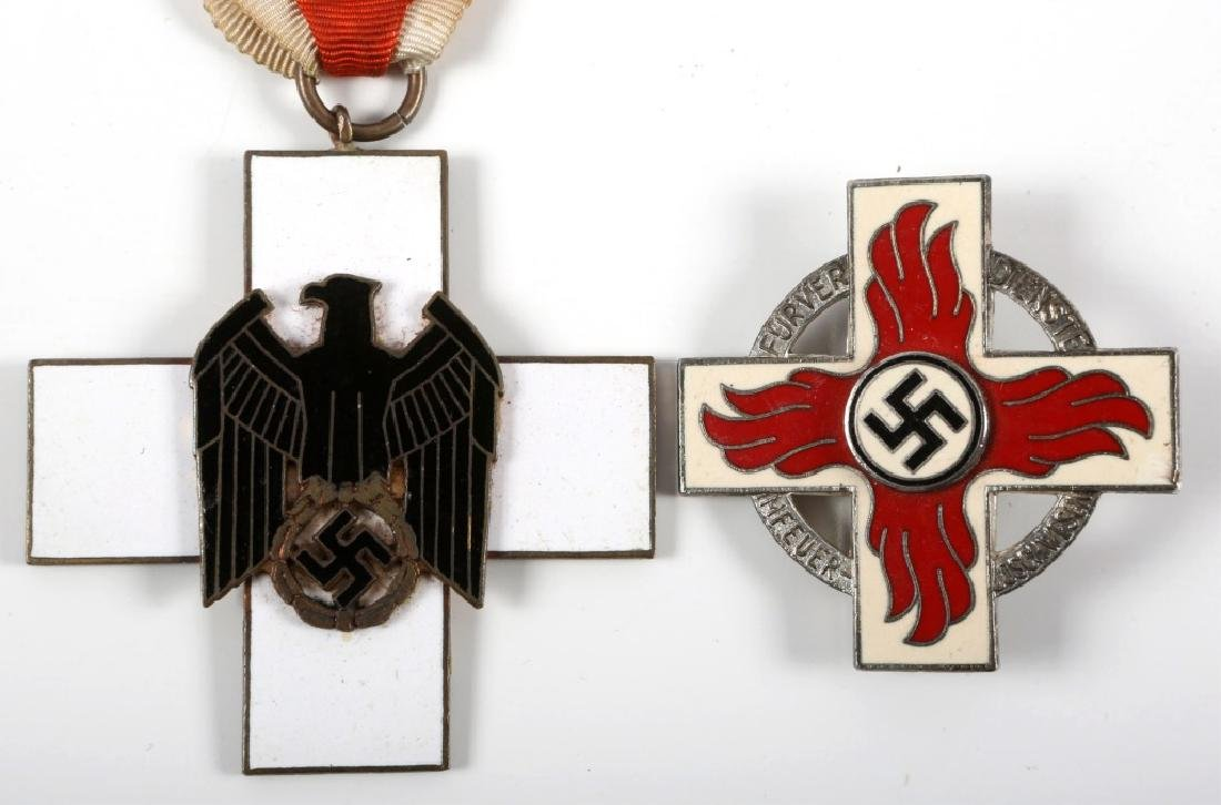 WWII GERMAN RED CROSS MEDAL AND BADGE LOT OF 2 - 2