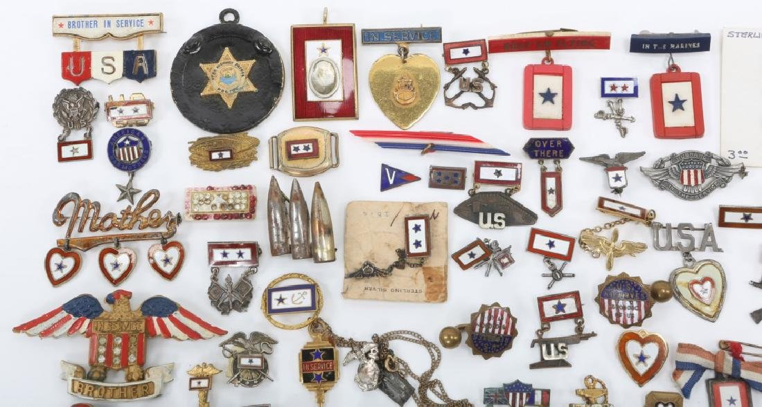 WWII LARGE LOT OF US SON IN SERVICE PINS - 3