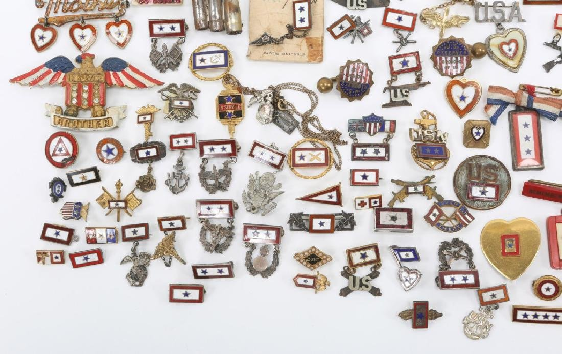 WWII LARGE LOT OF US SON IN SERVICE PINS - 4