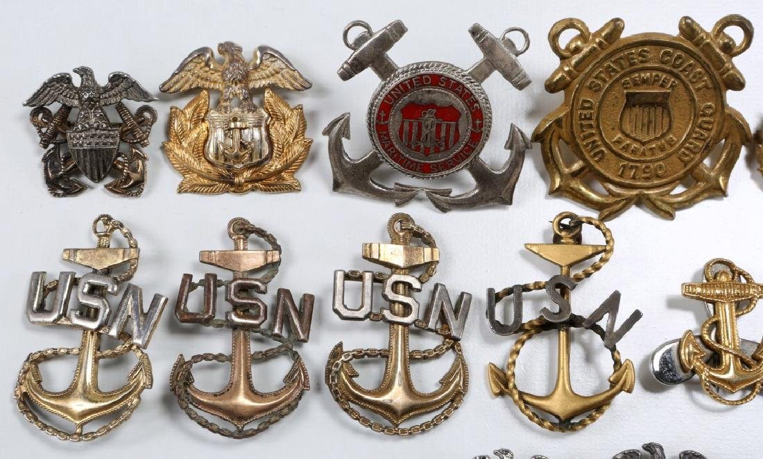 WWII US NAVY & COAST GUARD INSIGNIA MIXED LOT - 2