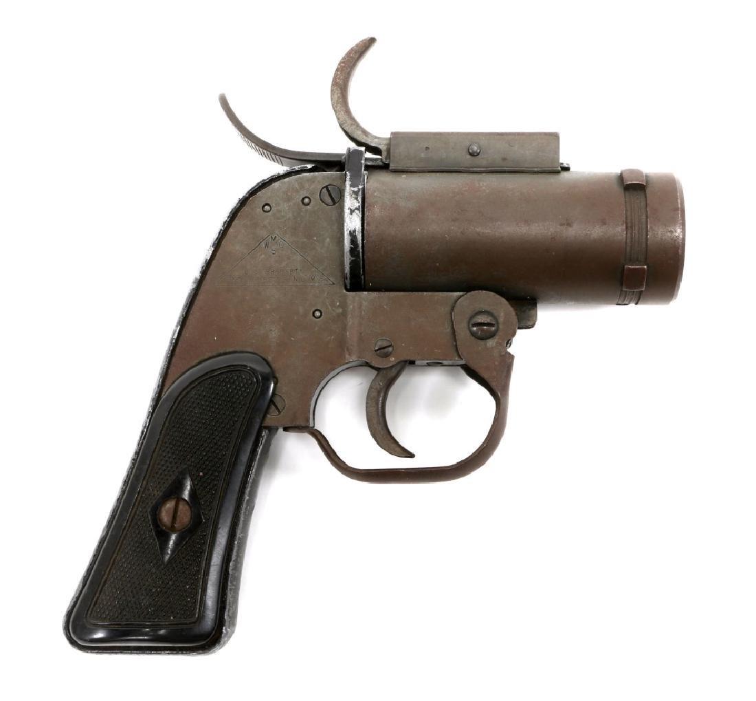 US WWII M8 40mm SIGNAL PISTOL