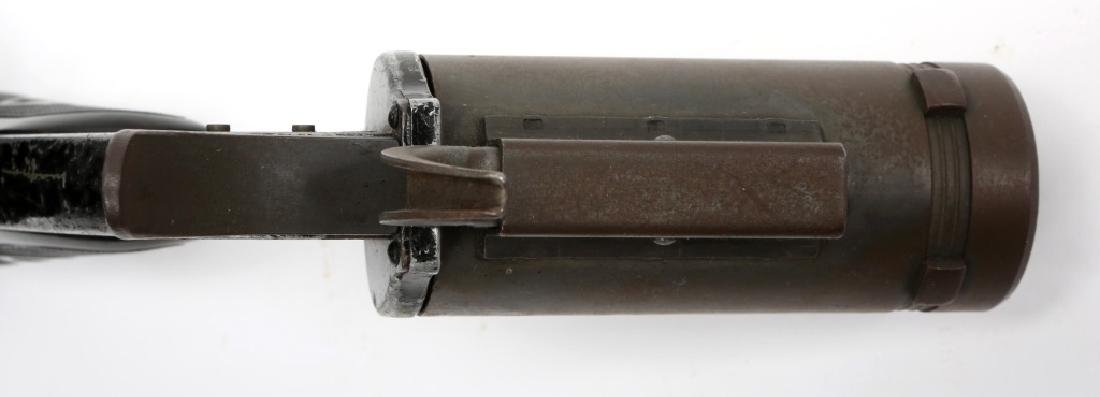US WWII M8 40mm SIGNAL PISTOL - 6