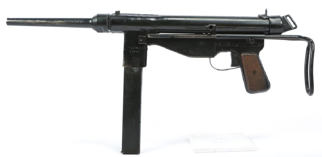 DISPLAY WWII FBP M48 & STEN MKII SMG - 7