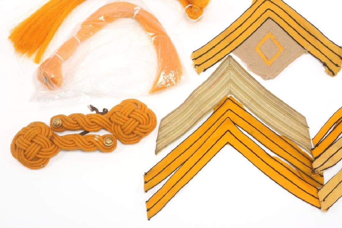 INDIAN WARS US CAVALRY LOT OF CHEVRONS & INSIGNIA - 4