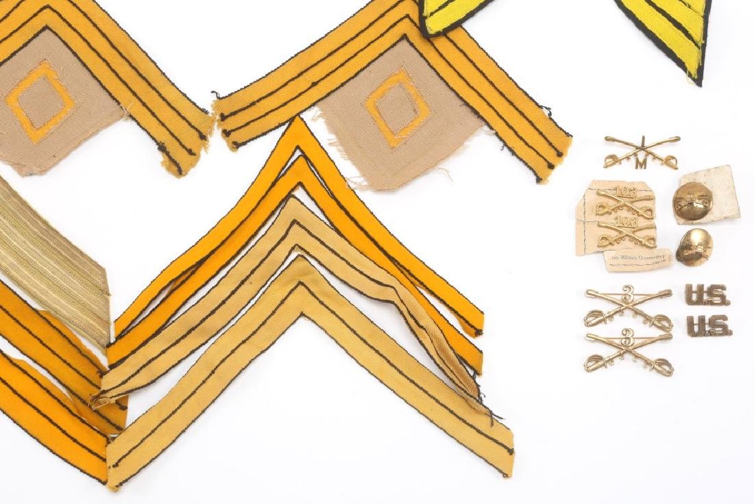 INDIAN WARS US CAVALRY LOT OF CHEVRONS & INSIGNIA - 5