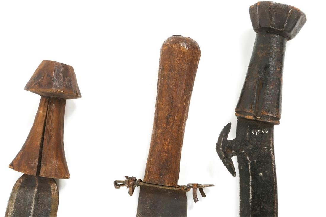 AFRICAN CONGO SWORD LOT OF 3 - 5