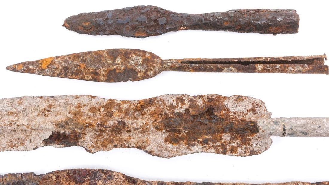 EARLY DUG SPEAR HEAD LOT OF 5 - 4