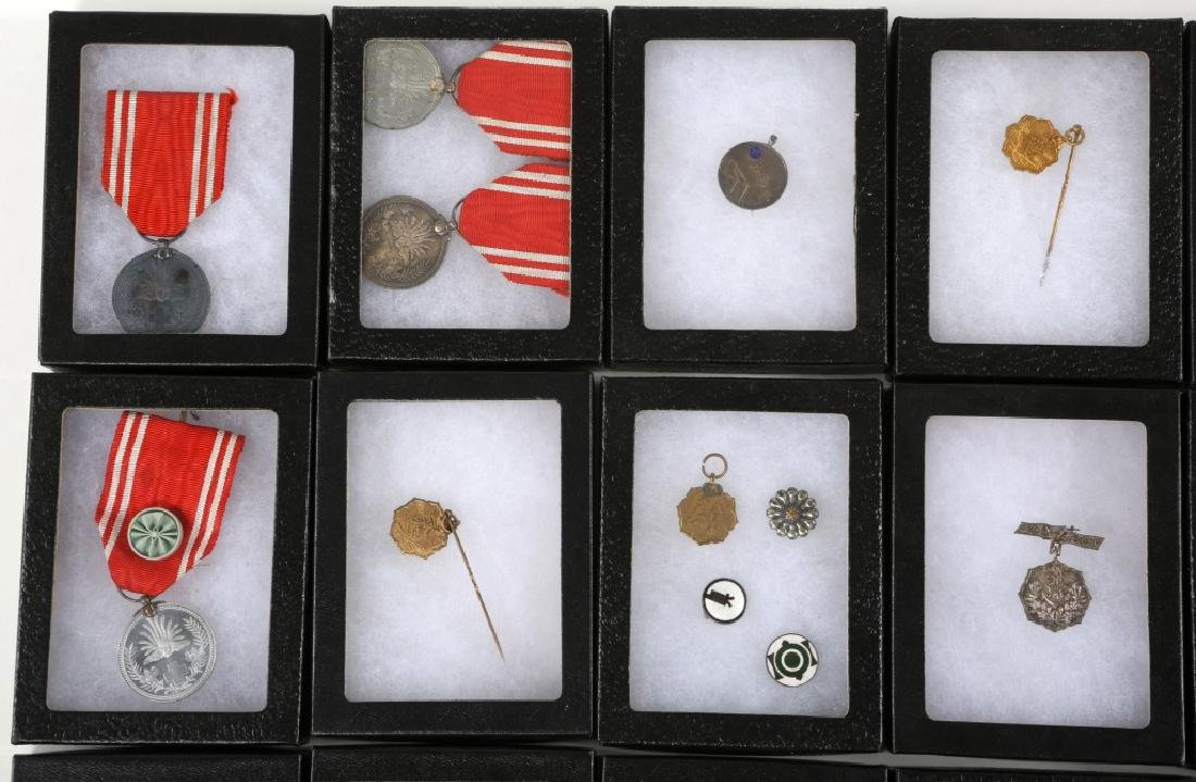 WWII JAPANESE ARMY MEDALS & PINS LARGE LOT - 2