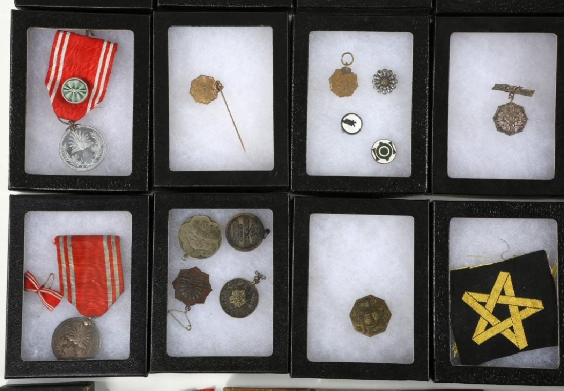 WWII JAPANESE ARMY MEDALS & PINS LARGE LOT - 4