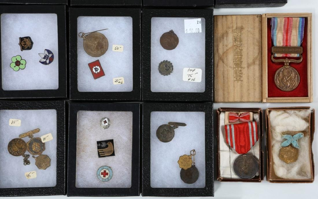WWII JAPANESE ARMY MEDALS & PINS LARGE LOT - 5