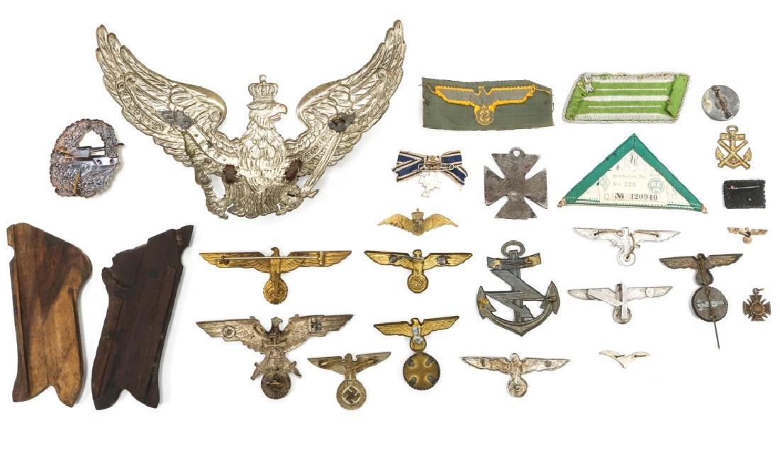 WORLD WAR ERA GERMAN BADGE AND INSIGNIA LOT - 4