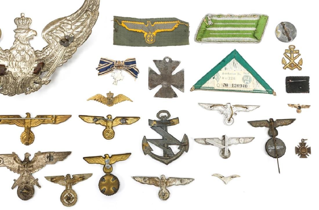 WORLD WAR ERA GERMAN BADGE AND INSIGNIA LOT - 6