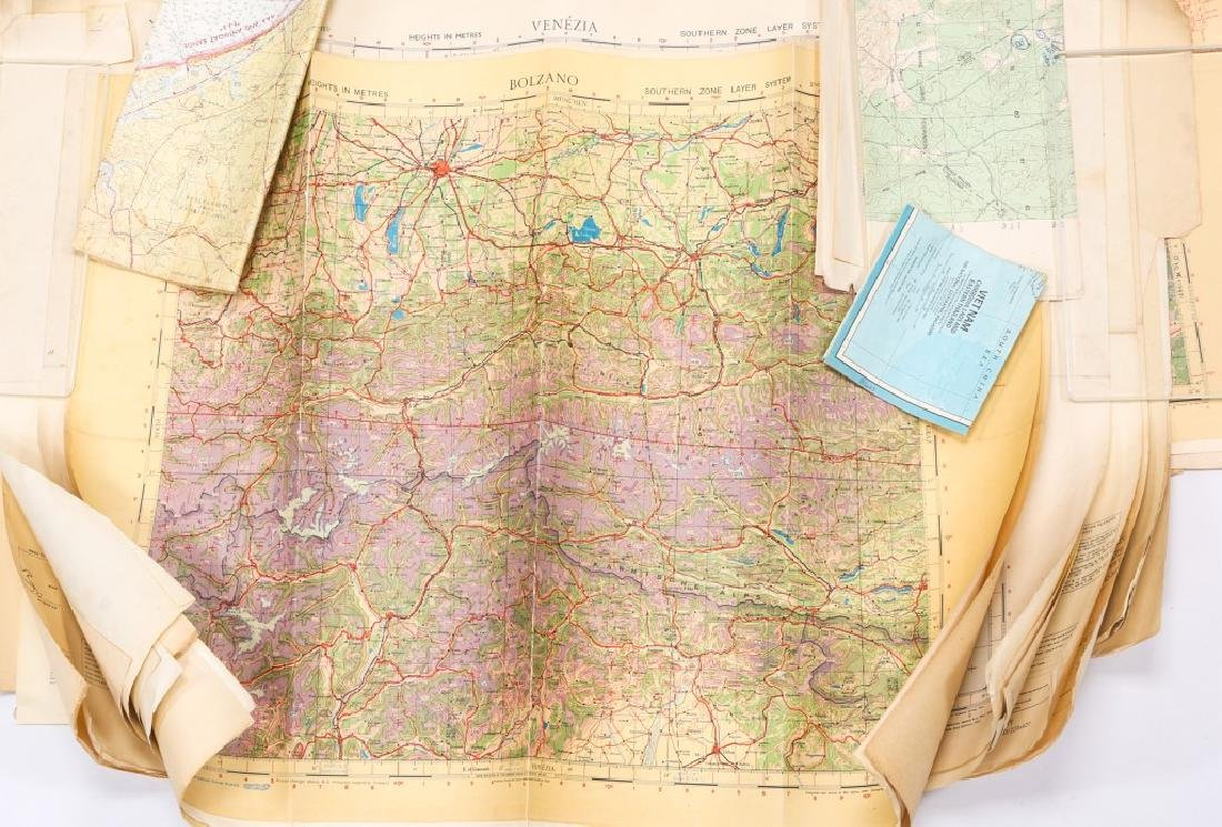 US WWII AVIATION METAL MAP CASE WITH PERIOD MAPS - 4