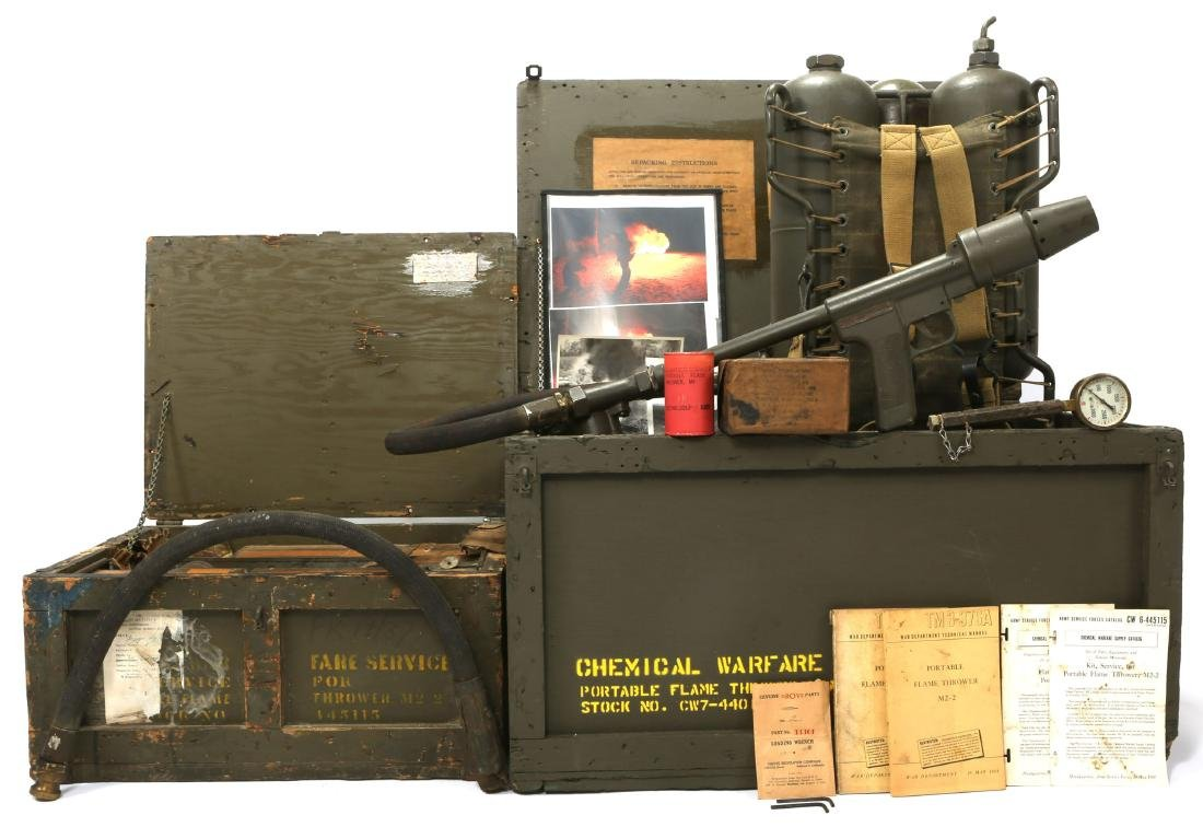 WWII US CHEMICAL WARFARE SERVICE FLAMETHROWER