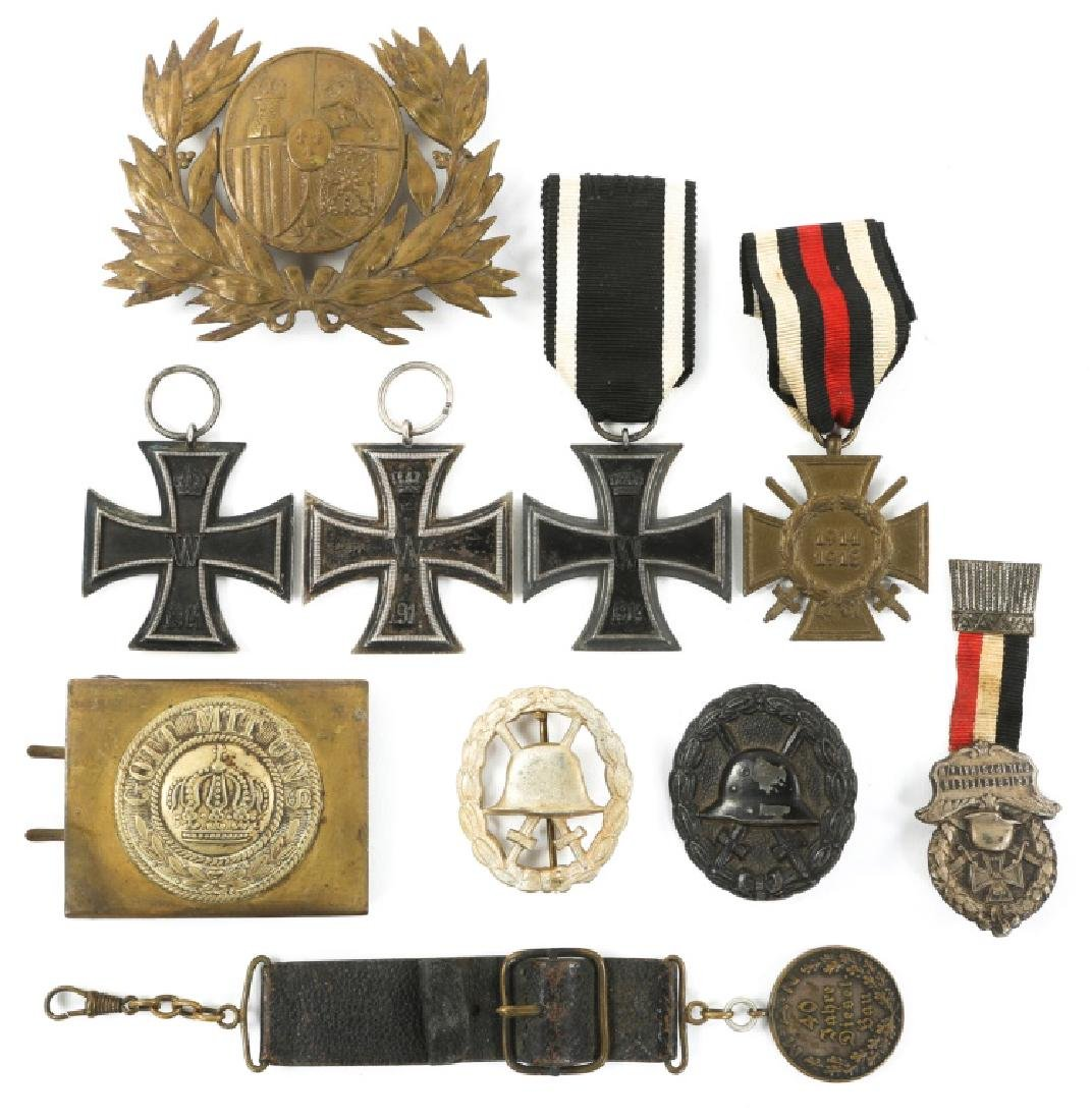 WWI IMPERIAL GERMAN IRON CROSS & BADGE MIXED LOT
