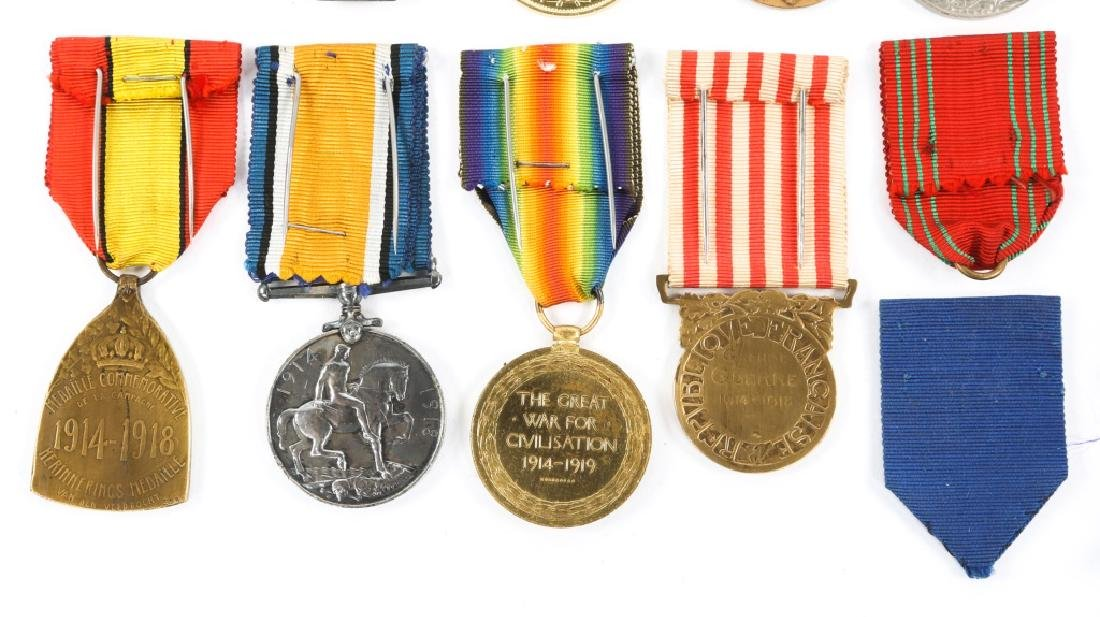WWII WORLD MEDAL MIXED LOT OF 9 - 6