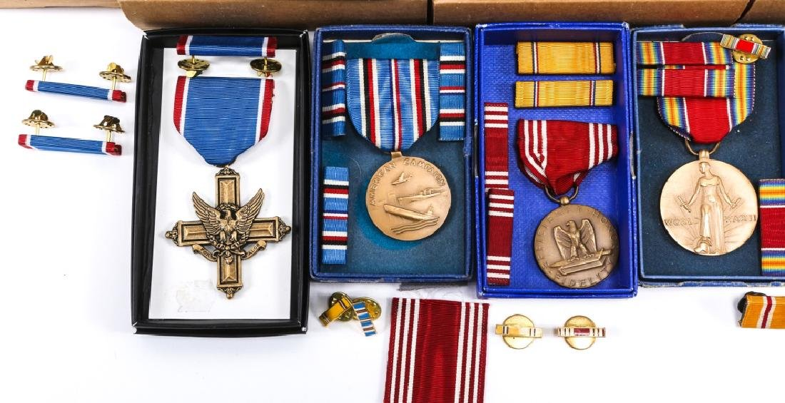 US MILITARY MEDAL MIXED LOT OF 16 - 4