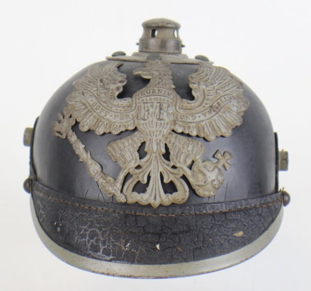 PRUSSIAN WWI LEATHER PICKELHAUBE