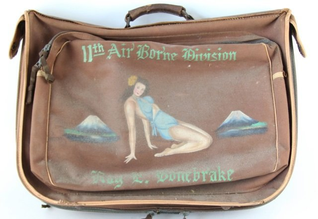 HANDPAINTED WWII 11TH AIRBORNE DIVISION FLIGHT BAG