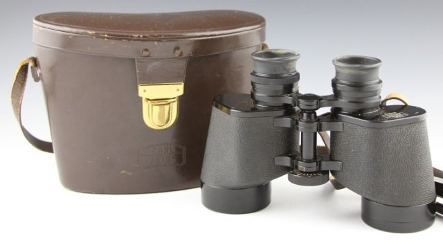 CARL ZEISS 8X50 B BINOCULARS AND LEATHER CASE