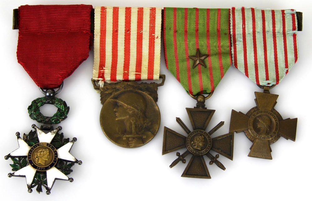 WWI FRENCH SERVICE MEDALS