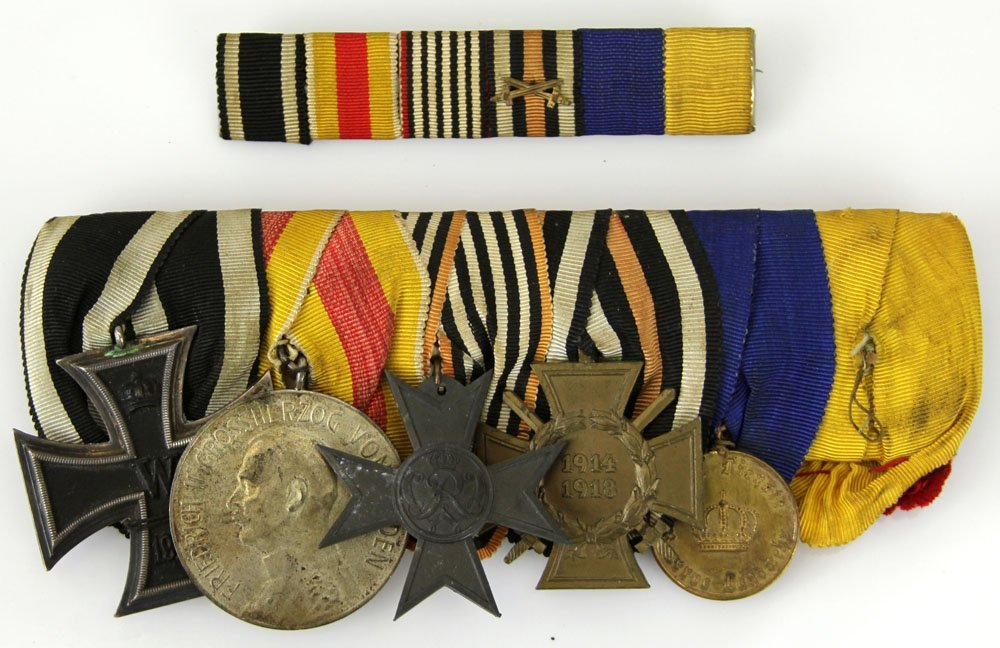 WWI GERMAN RIBBON BAR AND MEDALS