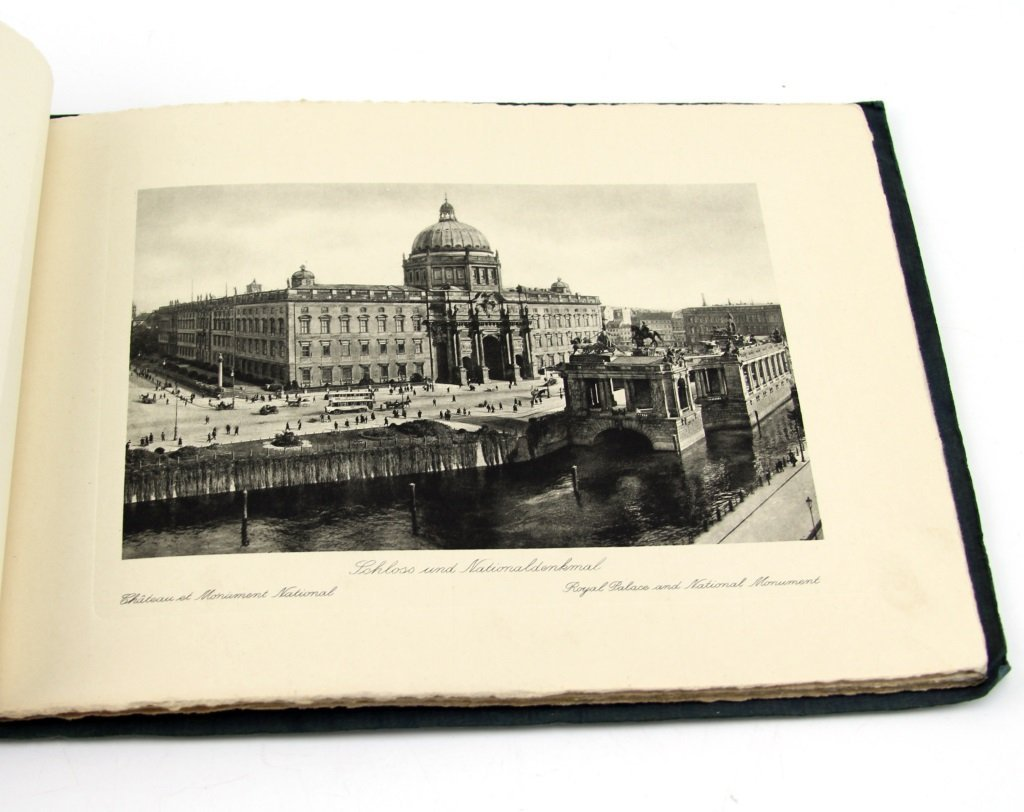 VINTAGE EUROPEAN TOURIST SOUVENIR PHOTO SETS - 3