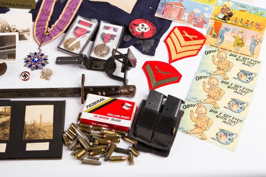 MIXED LOT OF MILITARY ITEMS BONANZA - 5