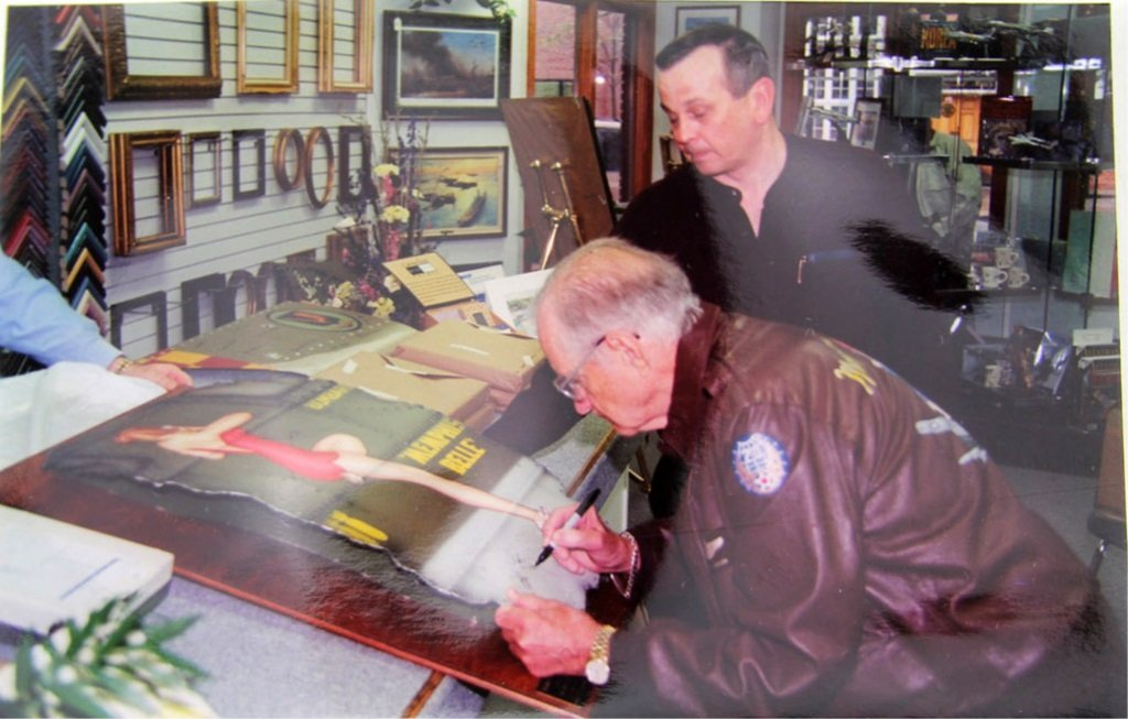 MEMPHIS BELLE NOSE ART PAINTING SIGNED BY MORGAN - 3