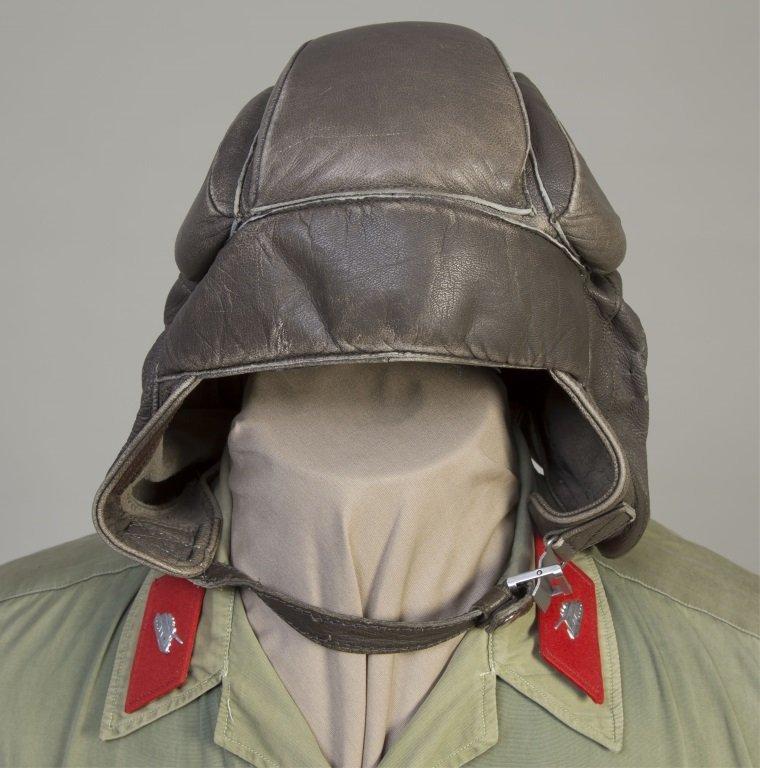 VIETNAM CAPTURED NVA TANK COMMANDER UNIFORM HELMET - 2