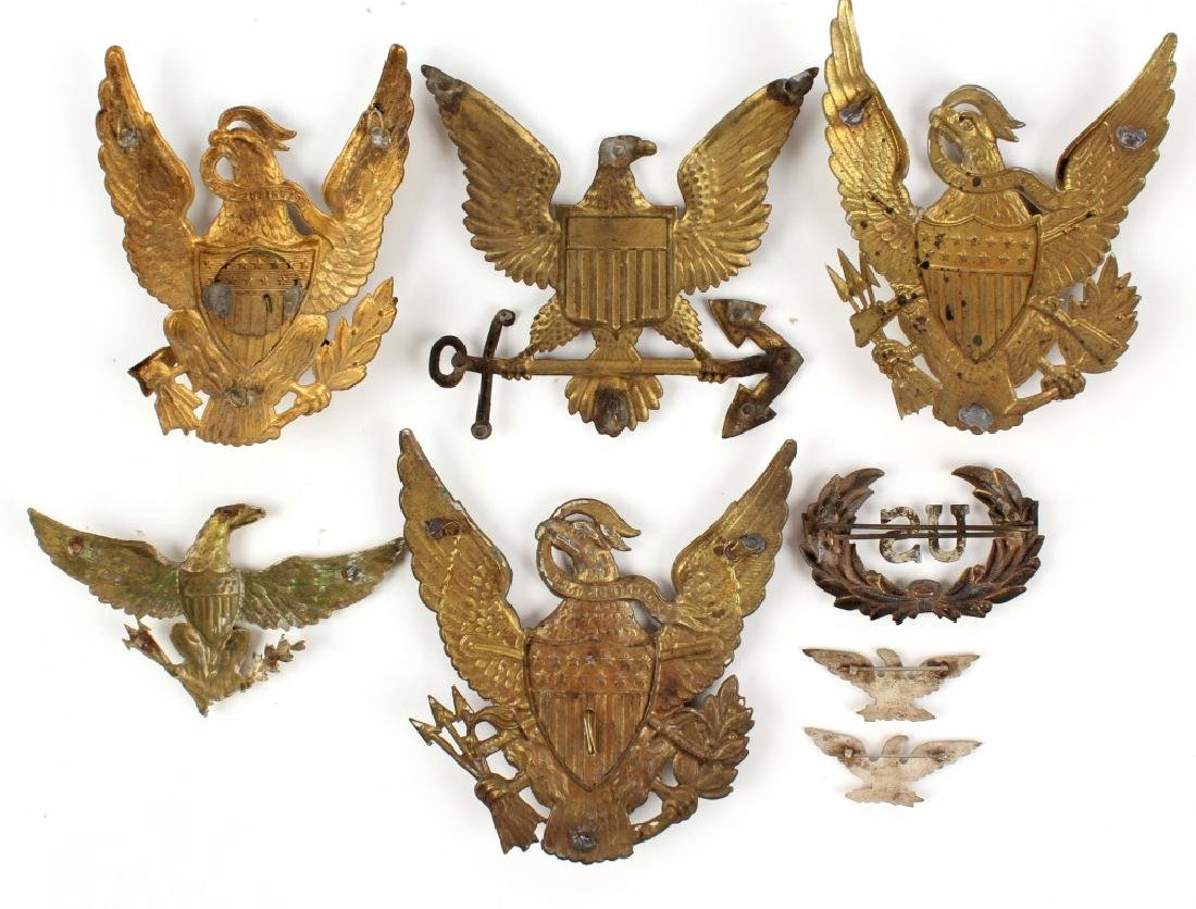 US CAP BADGE AND PLATE LOT - 2