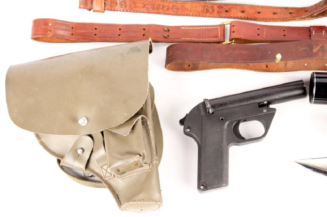 FLARE PISTOL RIFLE SCOPE AND SLING LOT - 3