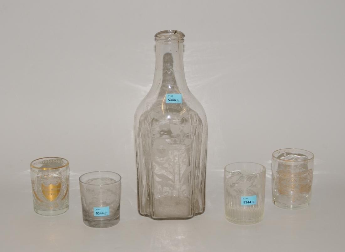 Lot: Flasche und 4 Gläser Böhmen, 19.Jh. Farbloses