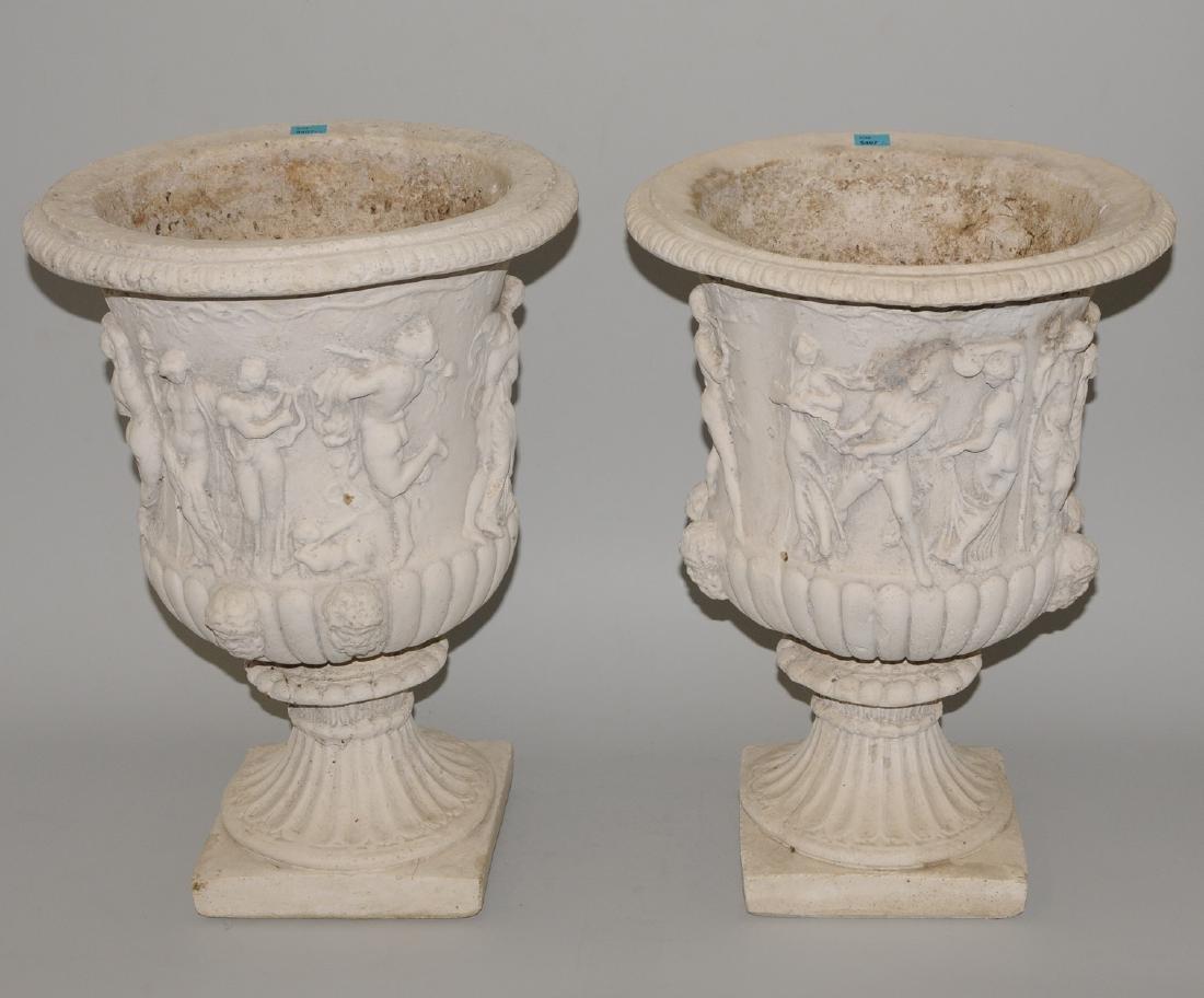 1 Paar Gartenvasen Um/Nach 1900. Steinguss.