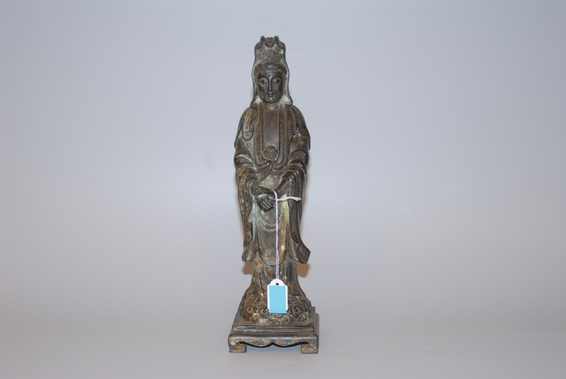 Guanyin-Figur China, 20.Jh. Bronze. Stehende Guanyin in