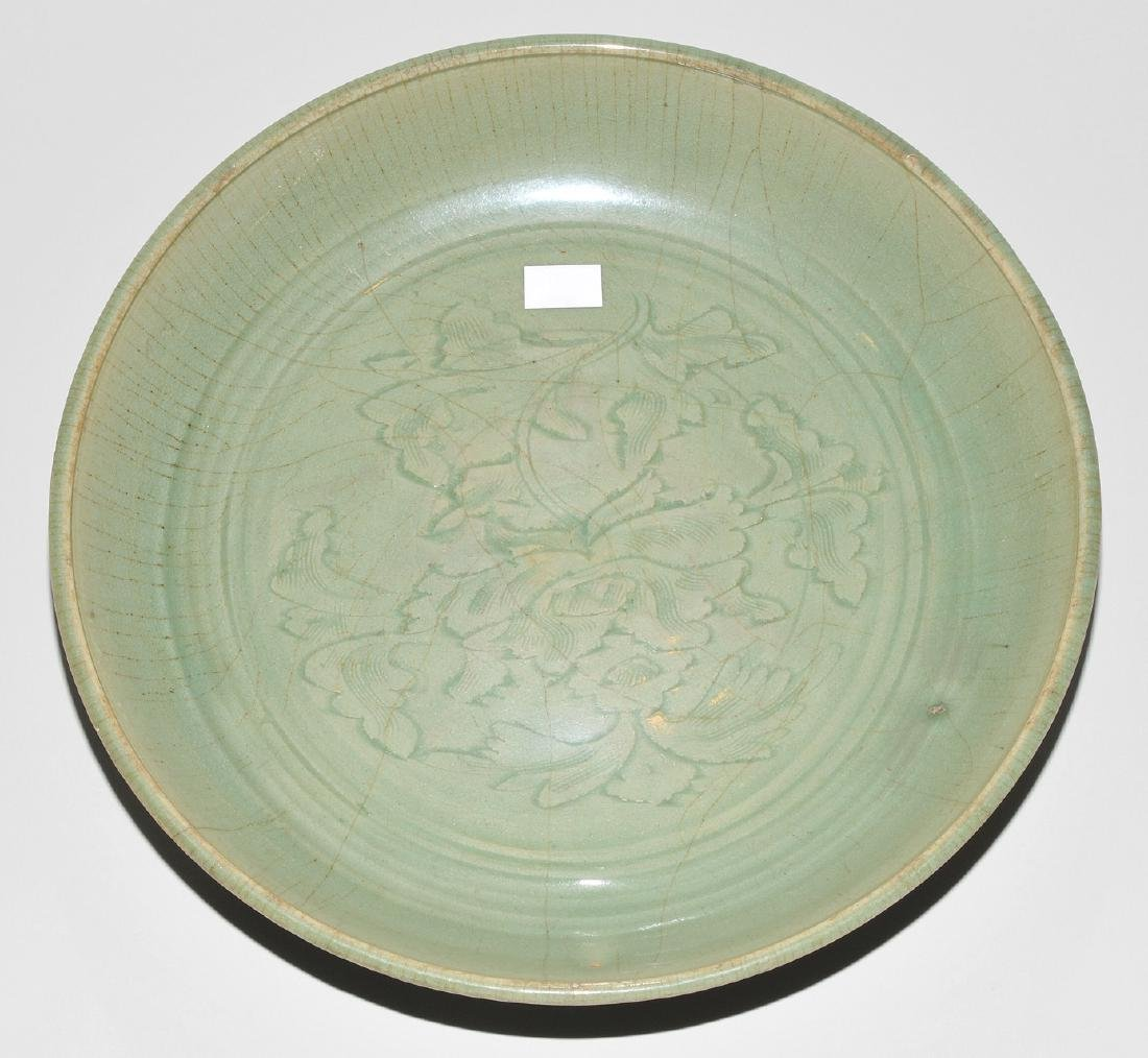 Platte China, wohl Ming-Zeit. Longquan. Celadon, - 2