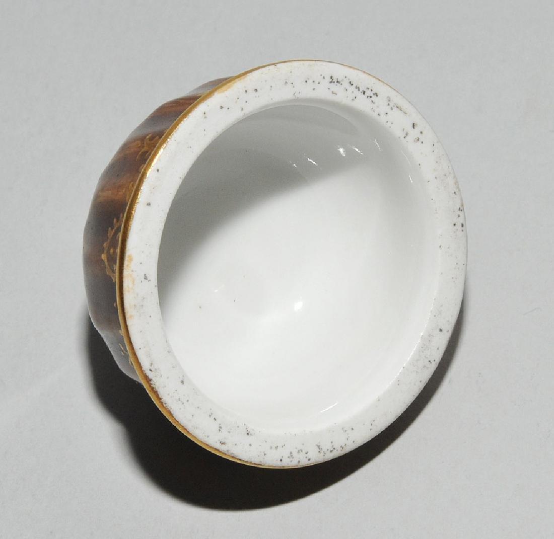 Deckeldose, Porzellan Meissen Um 1730 (Porzellan). - 9