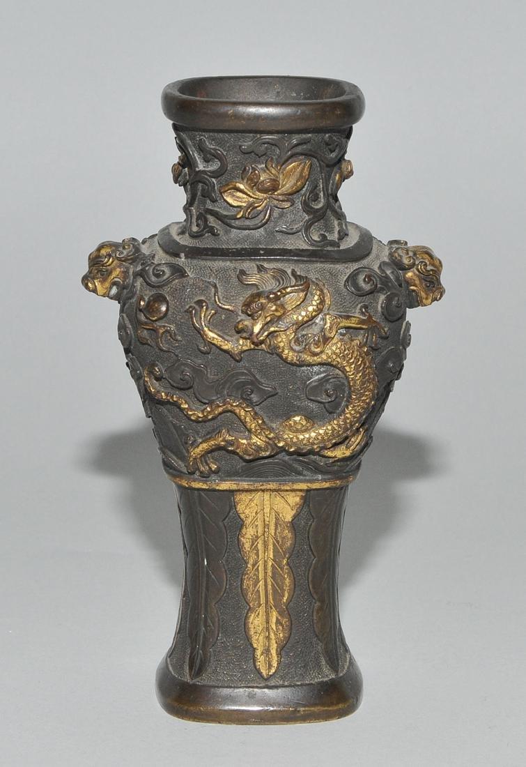 Kleine Henkelvase China, Qing-Dynastie. Bronze, - 2