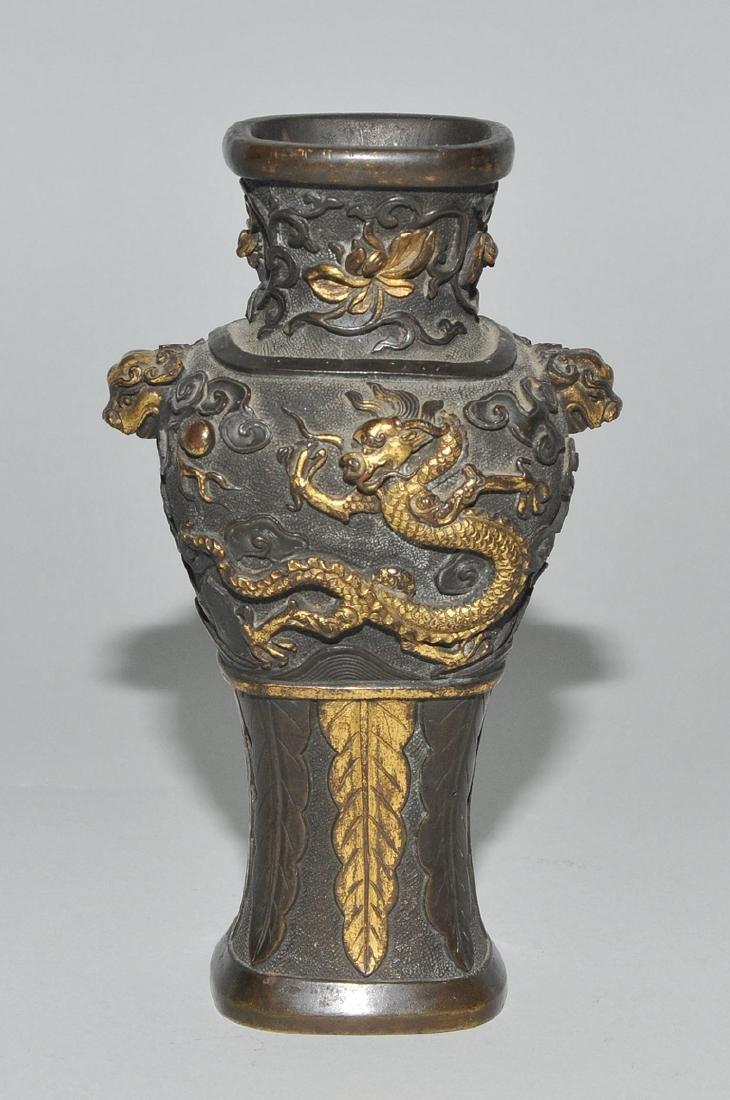 Kleine Henkelvase China, Qing-Dynastie. Bronze, - 4
