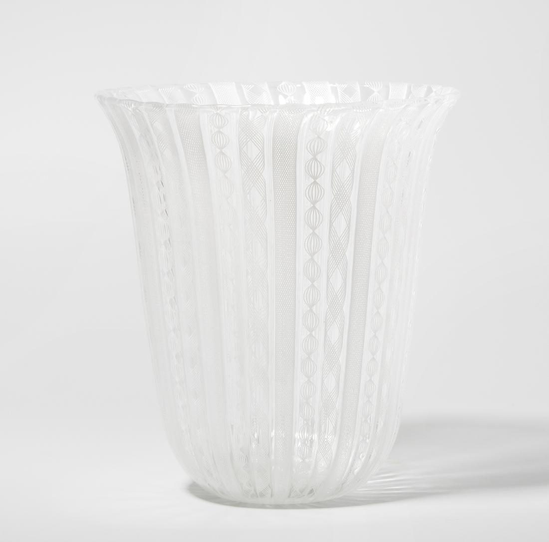 Vase, Barovier & Toso Um 1975. Murano. Farbloses Glas