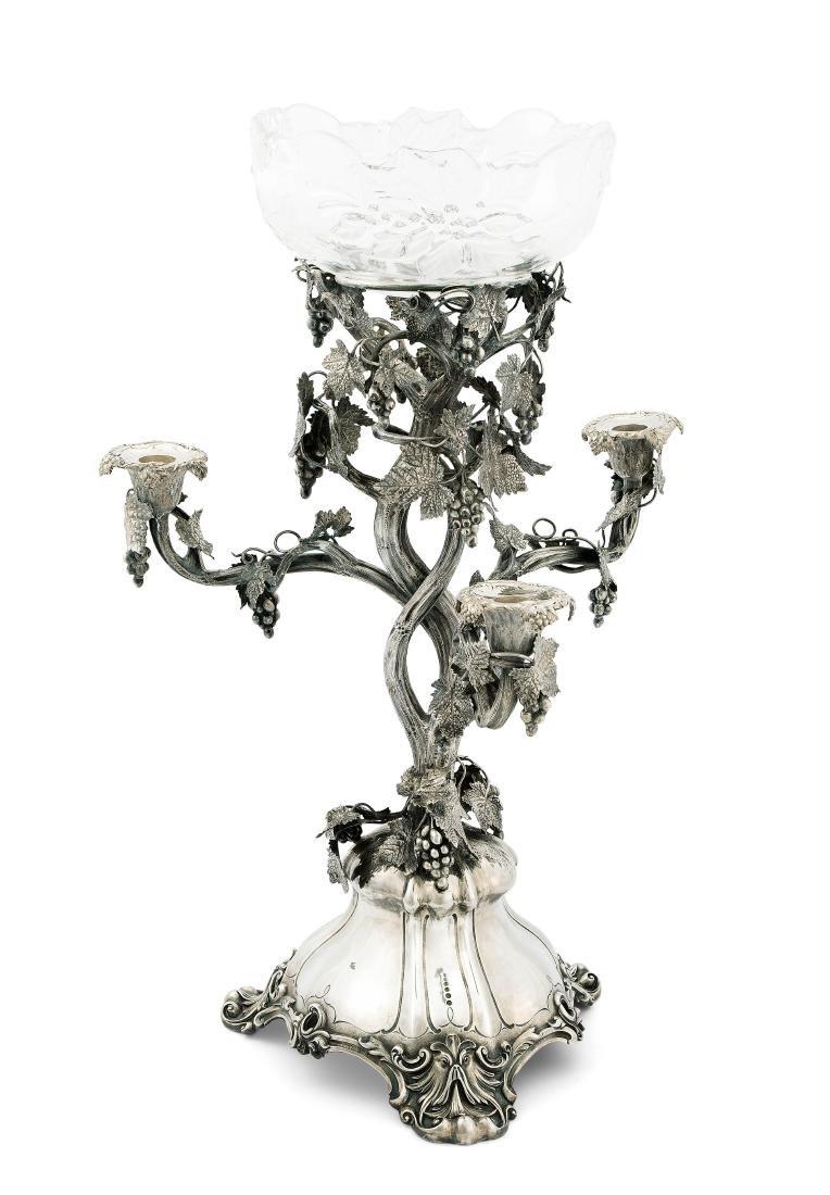 Grosser Tafelaufsatz, London 1861. Silber/Kristallglas. - 2