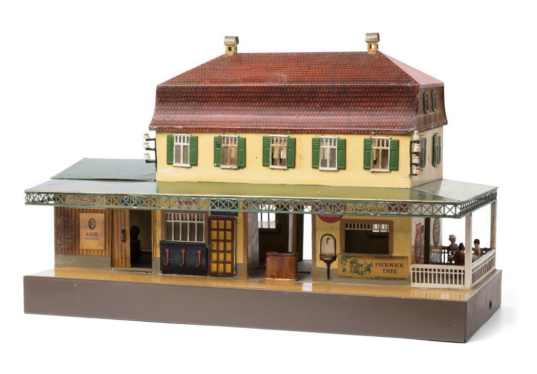 """Märklin-Landbahnhof """"2031/1"""" Deutschland, um 1920."""